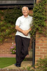 LEN MURRAY September 2002 RETIRED LAWYER WHO IS WRITING HIS AUTOBIOGRAPHY. PICTURED AT HIS HOME IN BEARSDEN.